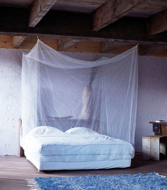 The duobox mosquito net ensures a good night's sleep without buzzing and potential bites and stings
