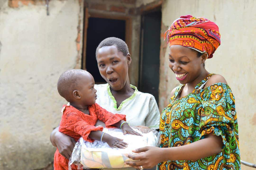 strijd tegen malaria met het buy one give one programma van Care Plus